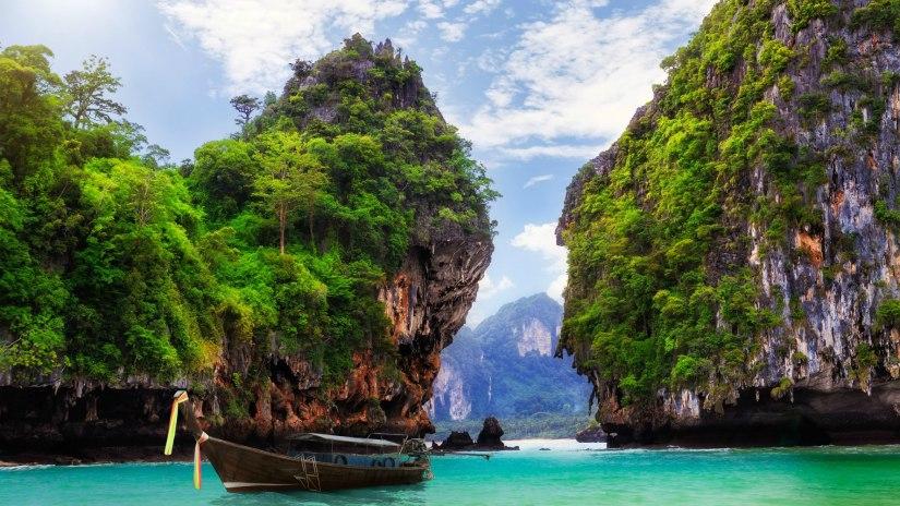 World___Thailand_Ao_Nang__Krabi__Thailand_095837_.jpg